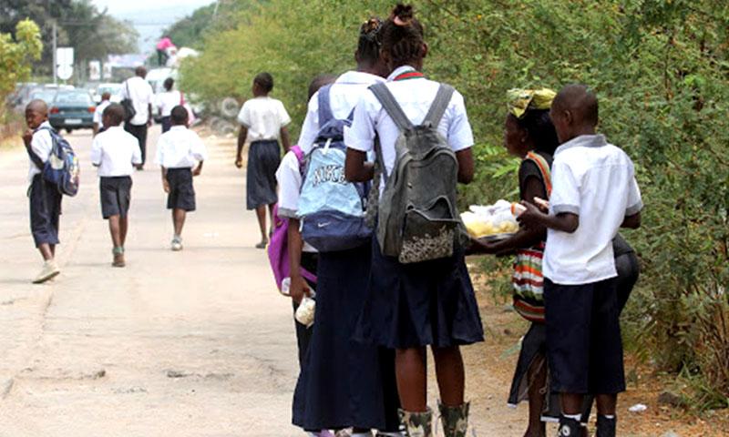 EPSP : Félix Tshisekedi annonce la gratuité des études primaires et secondaires dès l'année prochaine