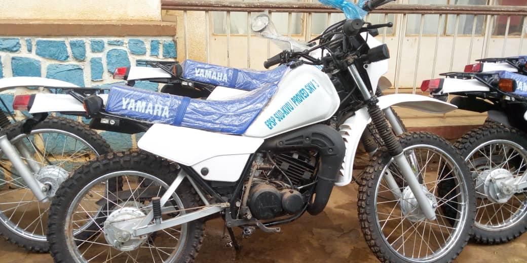 Sud-Kivu : Pour sa couverture inspectorale, l'EPSP bénéficie de neuf motos de l'UNICEF