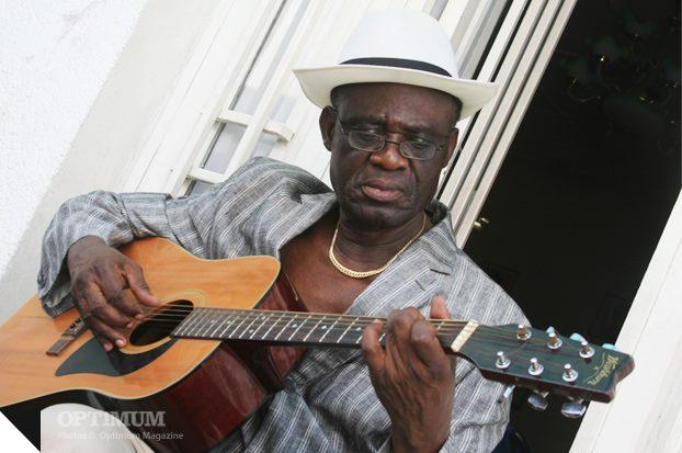 RDC : Les mots forts de l'artiste Simaro Lutumba aux artistes africains