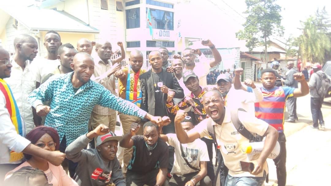 Le collectif amka-Congo était en sit-in au bureau de DGM Sud-Kivu
