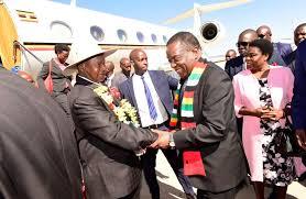 Ouganda : Emerson Mnangagwa invité pour la célébration du 57 ème Anniversaire de l'indépendance du pays