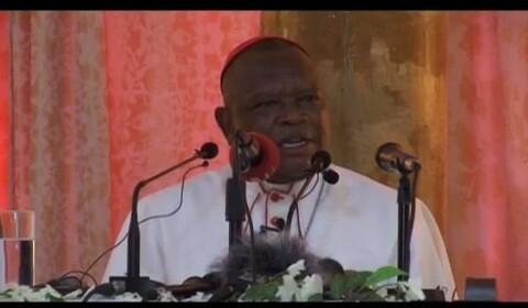 RDC : Le Cardinal Fridolin Ambongo condamne le dédoublement des partis politiques