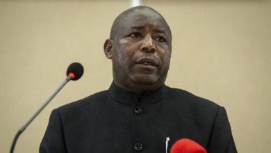 Photo of Burundi: Évariste Ndayishimiye investi comme président du Burundi