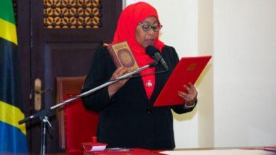 Photo of TANZANIE: Jadis Vice-présidente,la voici désormais au sommet de ce pays d'Afrique de l'Est.