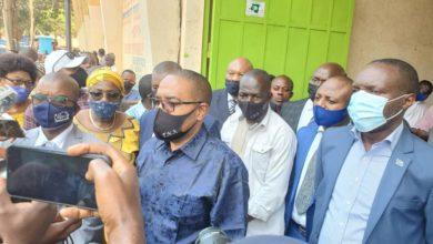 Photo of Bukavu/Incendie à l'hôtel de poste : le gouverneur du Sud-Kivu appelle la population à ne pas considérer certaines informations publiées sur les réseaux sociaux